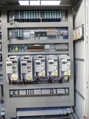 Schemi Elettrici Plc : Quadri elettrici per automazione e quadri elettrici industriali