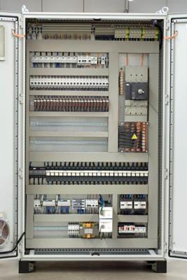 Schemi Quadri Elettrici Industriali : Quadri elettrici per automazione bordo macchina e quadri elettrici